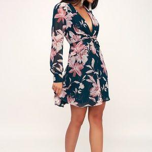 Lulu's Floral Long Sleeve Dress